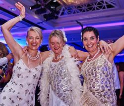 The Henries Awards 2015 - Dancing Girls